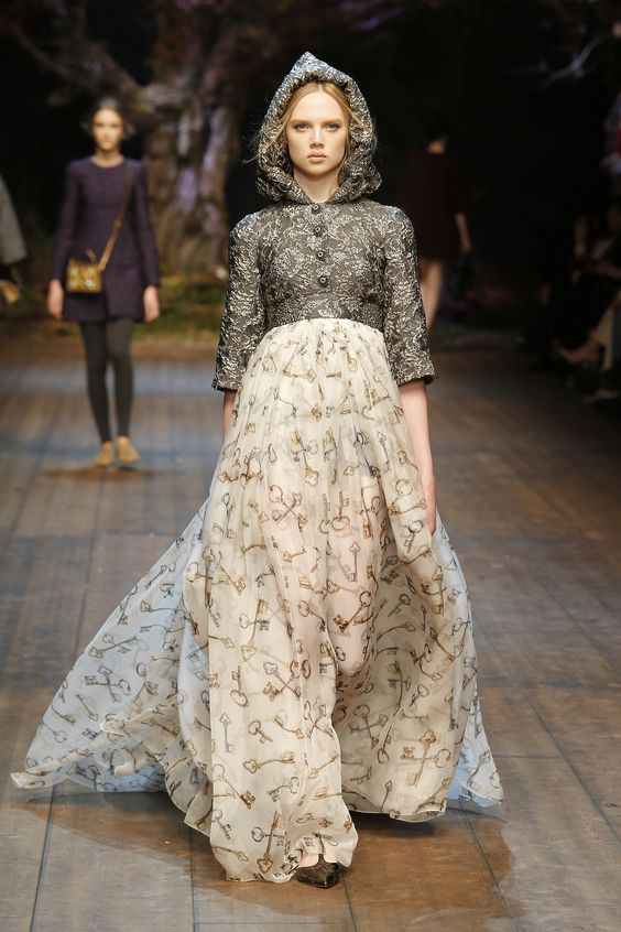 Dolce&Gabbana Winter 2015 Womens Fashion Show