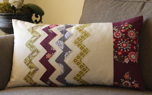 love it! chevron pillow tutorial.