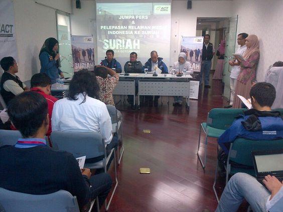 PressConference pengiriman TimMedis SOS Syiria III @ACTforhumanity & SOS Syiria Suriah, Indonesia BersamaMu!