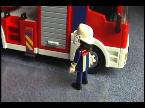 12 Playmobil Feuerwehr Rettet Lego Duplo Madchen Youtube In 2020 Lego Duplo Pattern Blocks Lego Friends