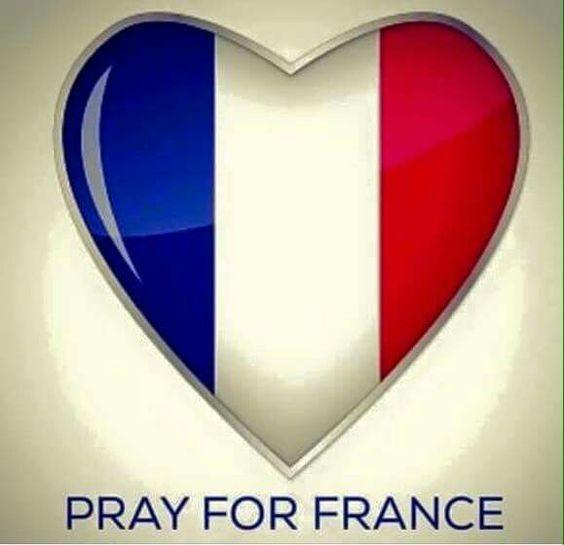 PRAY FOR FRANCE!  ♡