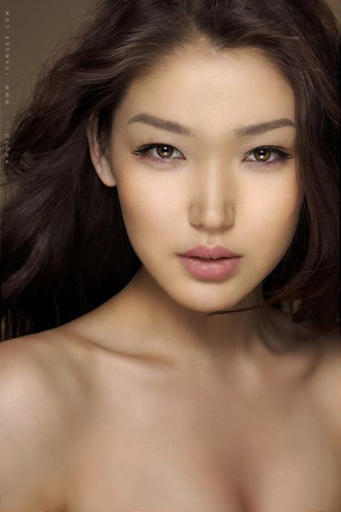 Naked Mongolian Beauty 57
