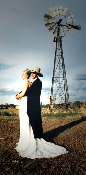 Country wedding picture:) #weddings
