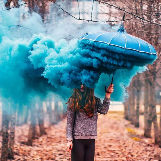Moscow-based 30-year-old photographer and engineer Kristina Makeeva (previous) shares incredible and magical photos on instagram.: