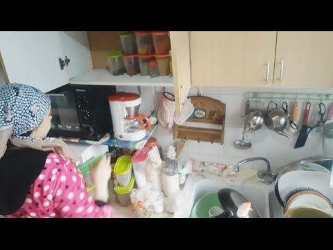 روتين ترتيب المطبخ شاركتكم التوابل الي نستعمل واغلى هديةوصلتني في حياتي Kotatsu Table Home Decor Decor