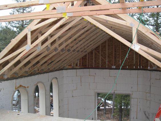 Exposed scissor truss vaulted ceiling industrial design for Vaulted ceiling trusses