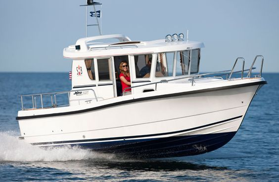 Pocket Trawlers: Five for Value and Versatility « www.yachtworld.com www.yachtworld.com