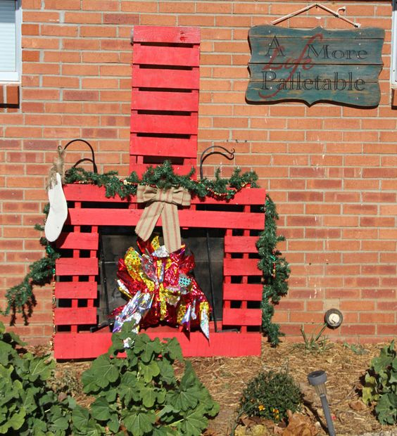 Pallet Fireplace Christmas Parade Floats And Parade