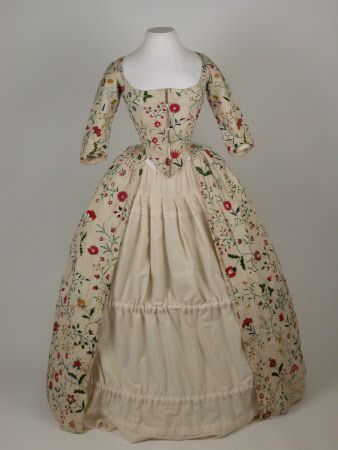 Gown 1770 - Calamanco (thin weave wool), linen, silk - National Trust Inventory Number 1365653.1