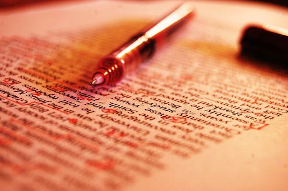 #acciuffaparole: Cos'è un testo? Definizione e caratteristiche