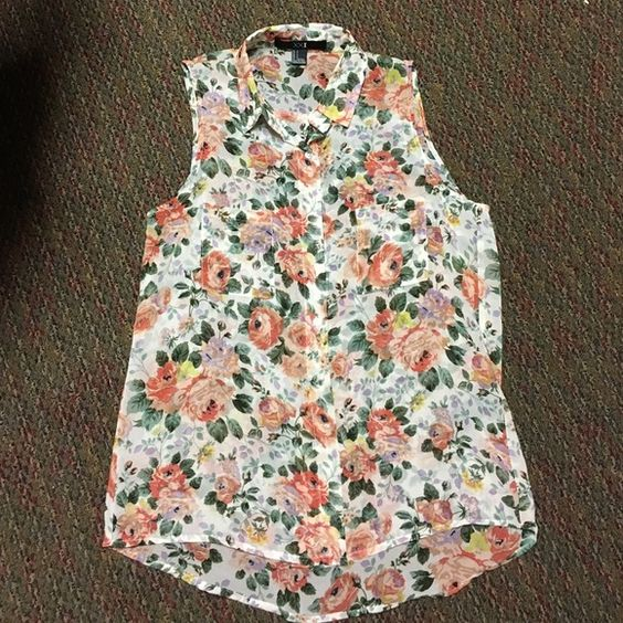 Sheer Forever 21 Floral Tank Like new sheer floral Forever 21 tank with pocket and collar details. Only worn once, great for spring or summer! Size small Forever 21 Tops Tank Tops
