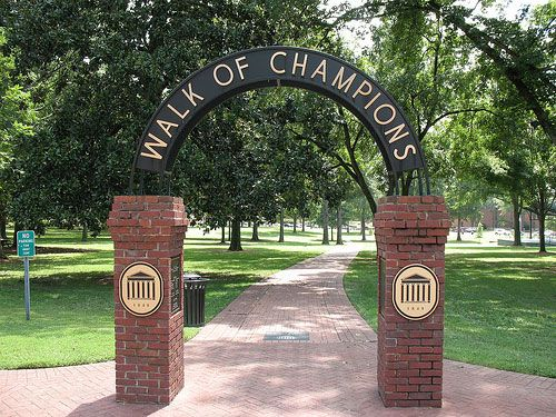 Ole Miss is the quintessential southern university, with beautiful classic buildings and a campus steeped in tradition. Football Saturdays here are a religious experience, and tailgating before a game in the Grove is one of the coolest college football experiences one can have. The Grove is populated with oak, elm and magnolia trees, and tents are added on fall Saturdays.