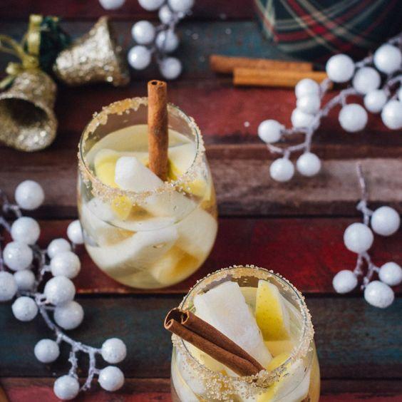 I'm Dreaming of a White Christmas Sangria | whitbitskitchen,com