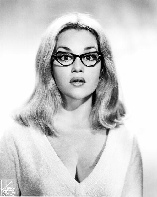Madeline Kahn at age 25 - photographed by James J. Kriegsmann