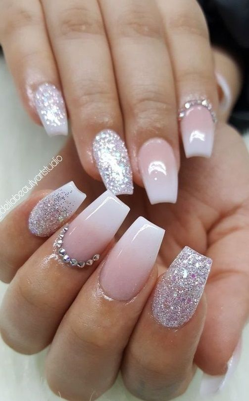 52 Great Inspiration Nail Art With Glitters To Look More Elegant Nail Short Coffin Nails Designs Sparkle Nails Ombre Nails Glitter