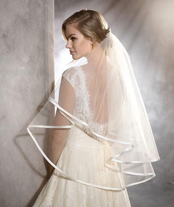 OLGA - Vestido de noiva de renda estilo vintage | Pronovias