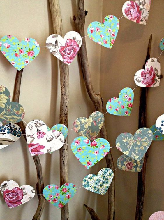 10ft Paper Heart Garland - Vintage Shabby Chic Roses - wedding decoration, girls room, party decoration, baby shower decoration, high tea: