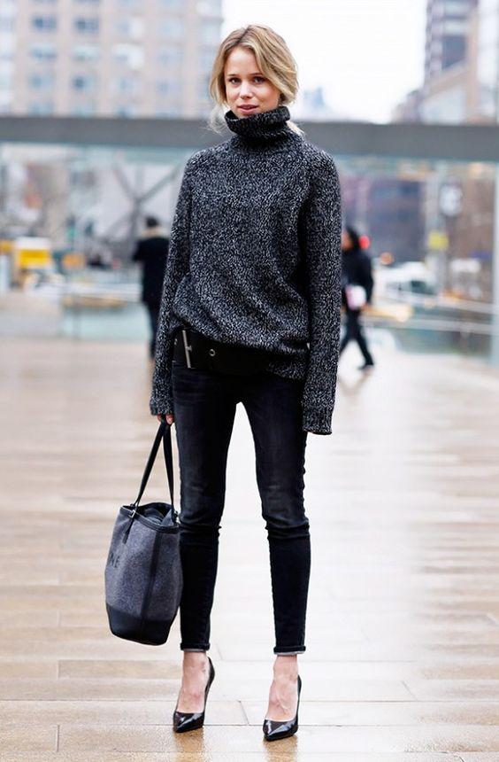 Gola alta cinza e scarpins