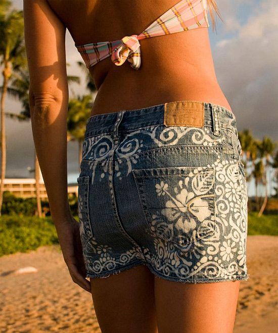 Como customizar jeans com alvejante criando pinturas