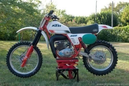 KTM MC 250
