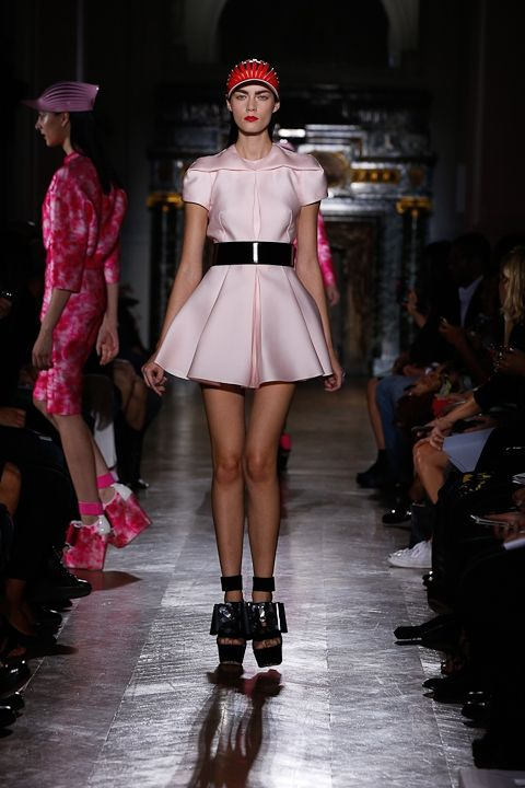 John Galliano Spring 2014 Collection | Galleries | FashionTV | fashiontv.com