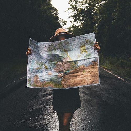 J'ai des rêves égoïstes. Je veux faire le tour du monde pis avoir la carrière de mes rêves. Je veux finir l'école