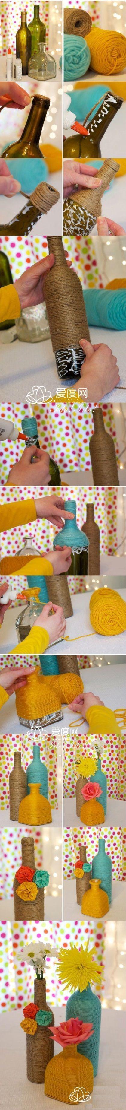 As garrafas podem ser utilizadas como vasos incríveis na decoração. Para dar um charme a mais na peça aposte em cordas, fios de lã e fitas. ;) #diy #decoração #madeiramadeira