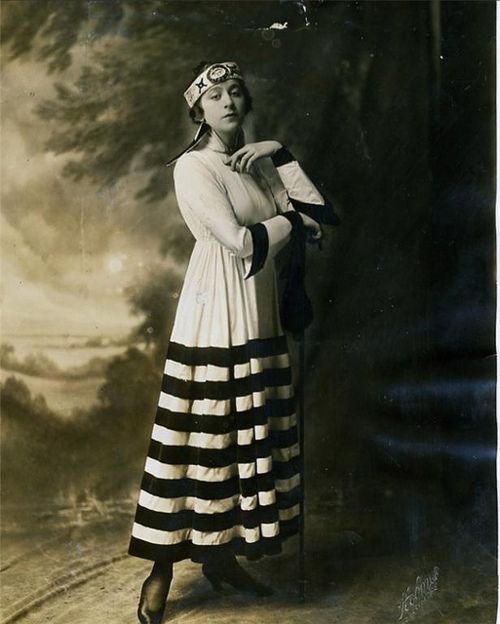photo young miss Fannie Brice