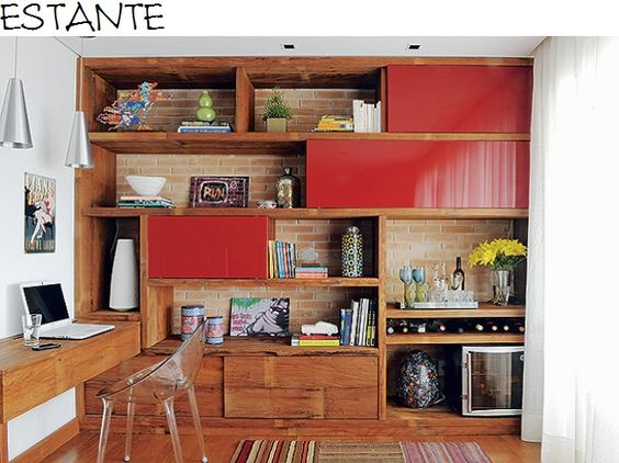 estante vermelha - gosto do fundo na parede