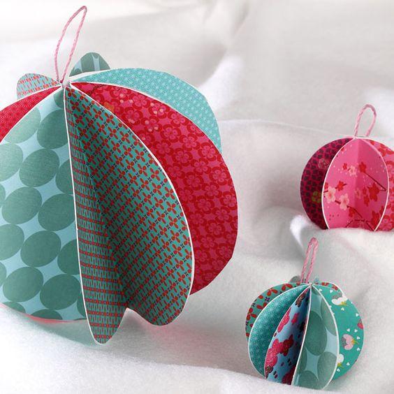 Super facile r aliser en famille des boules en papier - Origami sapin de noel facile ...