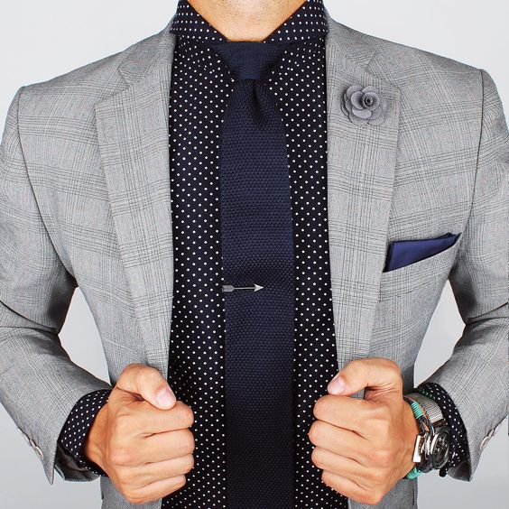 Two-ply shirt and Navy knitted tie. www.Grandfrank.com: