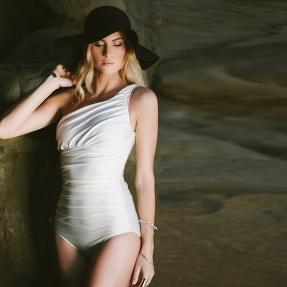 Icon Swimsuit - love ivory!