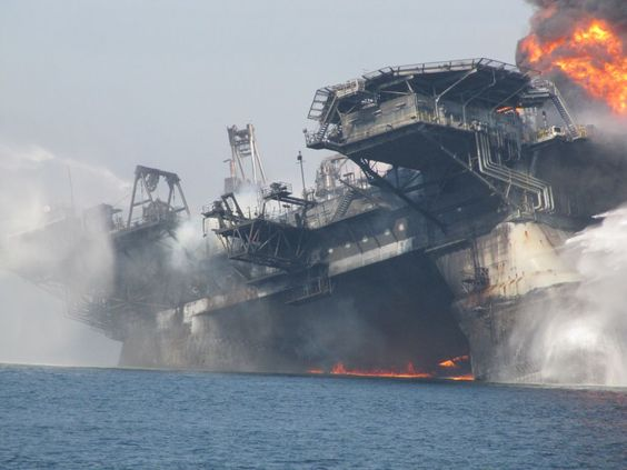 These New Photos Show Deepwater Horizon in High-Res Apocalypse
