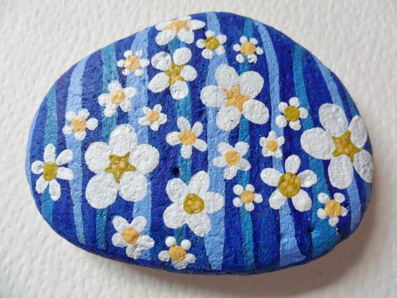 White flower & blue stripe hand painted large beach pebble paperweight