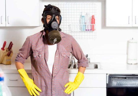 Come eliminare l'odore di fumo in casa, i rimedi più efficaci, ecologici ed economici per combattere l'odore delle sigarette.