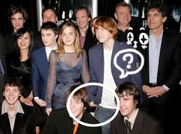rupert grint and emma watson holding hands - Google Search ...