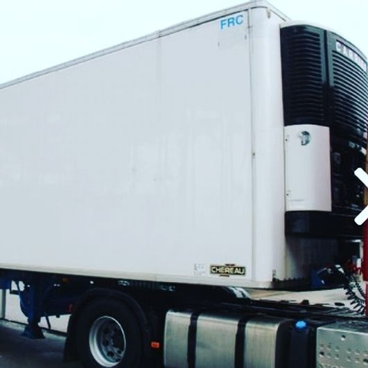 للبيع بجدة براد شيرو بسعر ممتاز موديل 2000 وبمبرد كارير الحالة جيدة جدا رقم العرض 314001 للاستفسار او لطلب صور اضافية اتصل علي 0509313043 براد Trucks Vehicles