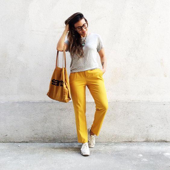 Cinza & Amarelo.  #lookdodia #básico #prático