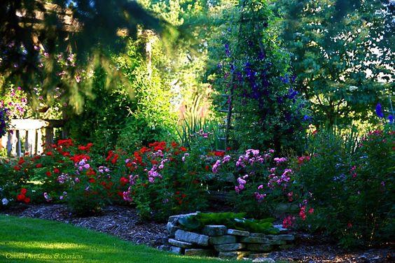 Conrad Art Glass & Gardens: Garden photos