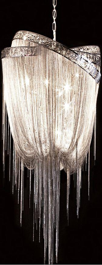 So sparkly ! Dans une pièce très sobre :)