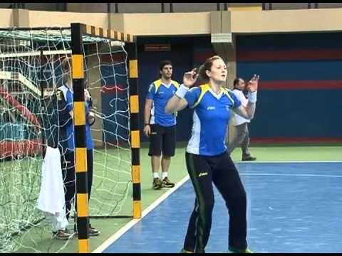 Seleção Brasileira de Handebol Feminina treina na capital para jogo contra Cuba
