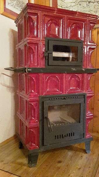 kachelofen holzofen ofen mobil mit kleinem backofen 10. Black Bedroom Furniture Sets. Home Design Ideas