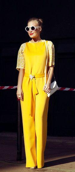 #街拍#亮眼的黄色_依莲佩妮 - 美丽鸟