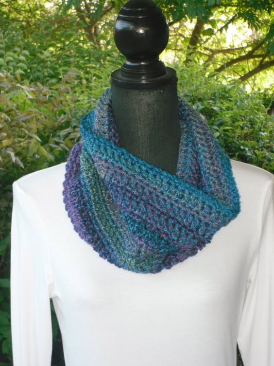 I love the colors in this yarn!