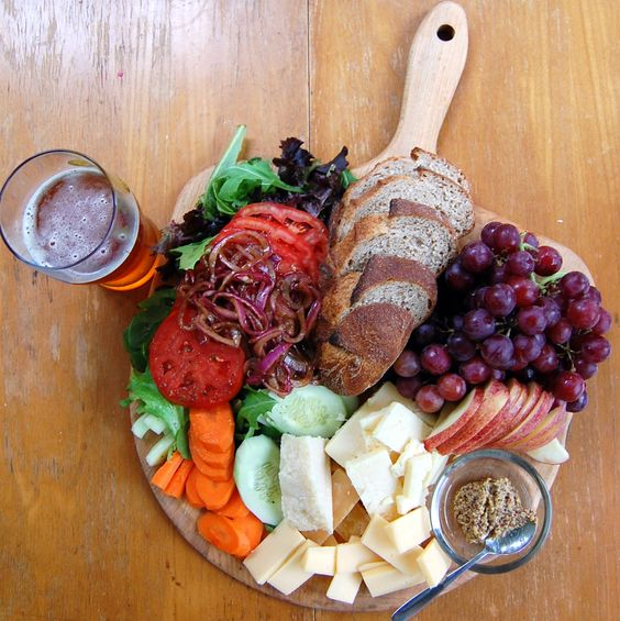 Ploughman's lunch | Hurricane Ploughman's Lunch | Its Not Easy Eating Green