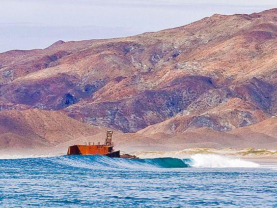 "#GoBajaCA | ""Shipwreck"" break at #PuntaAbreojos #surf"
