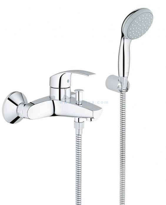 Смеситель Grohe EuroSmart 33302002 для ванны/душа, короткий фиксир. излив, лейка, шланг, держатель, цена 7 253 руб.