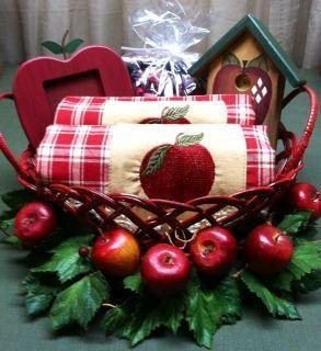 Apple kitchen decor apples and apple theme on pinterest for Apple themed kitchen ideas