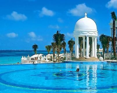 Best_Resorts  Great Site for ALL things Beach worldwide.  Wow!  I got lost there!