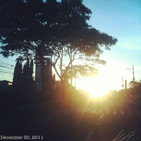 Boniへ #sunrise #philippines #sky #cloud #空 #雲